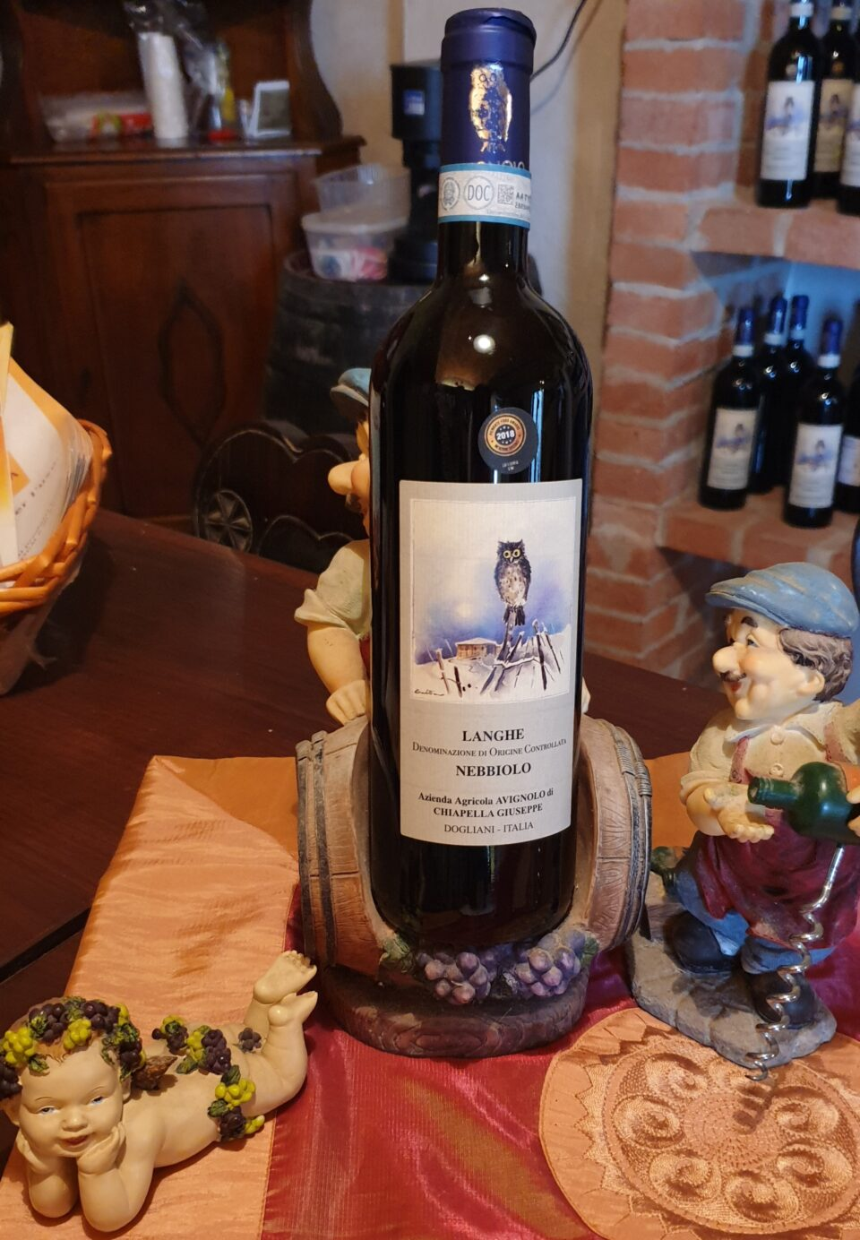 bottiglia di Langhe DOC Nebbiolo